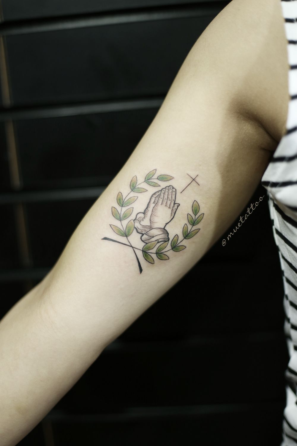 Small Tattoo Size: Pray Hands, Laurel, Cross, Small Size Woman Tattoo