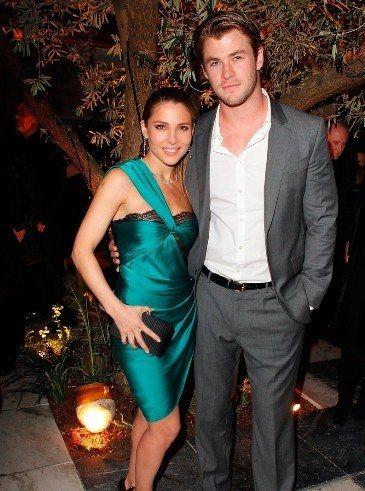 Elsa Pataky I envy her! I want Thor too :'(