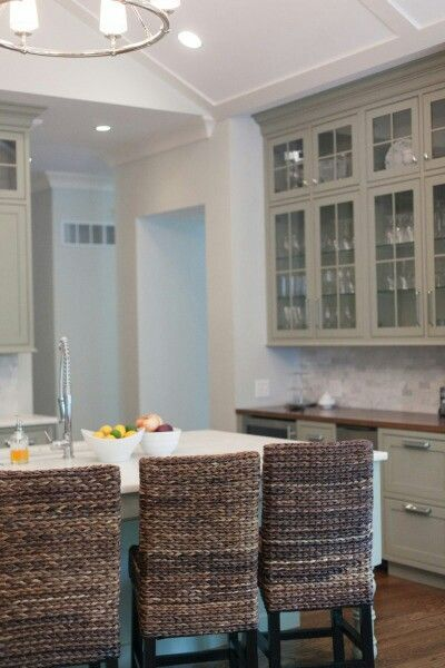 Build In Hutch Like That Matches Cabinets Like The Chairs Also · Cottage  KitchensDream ...