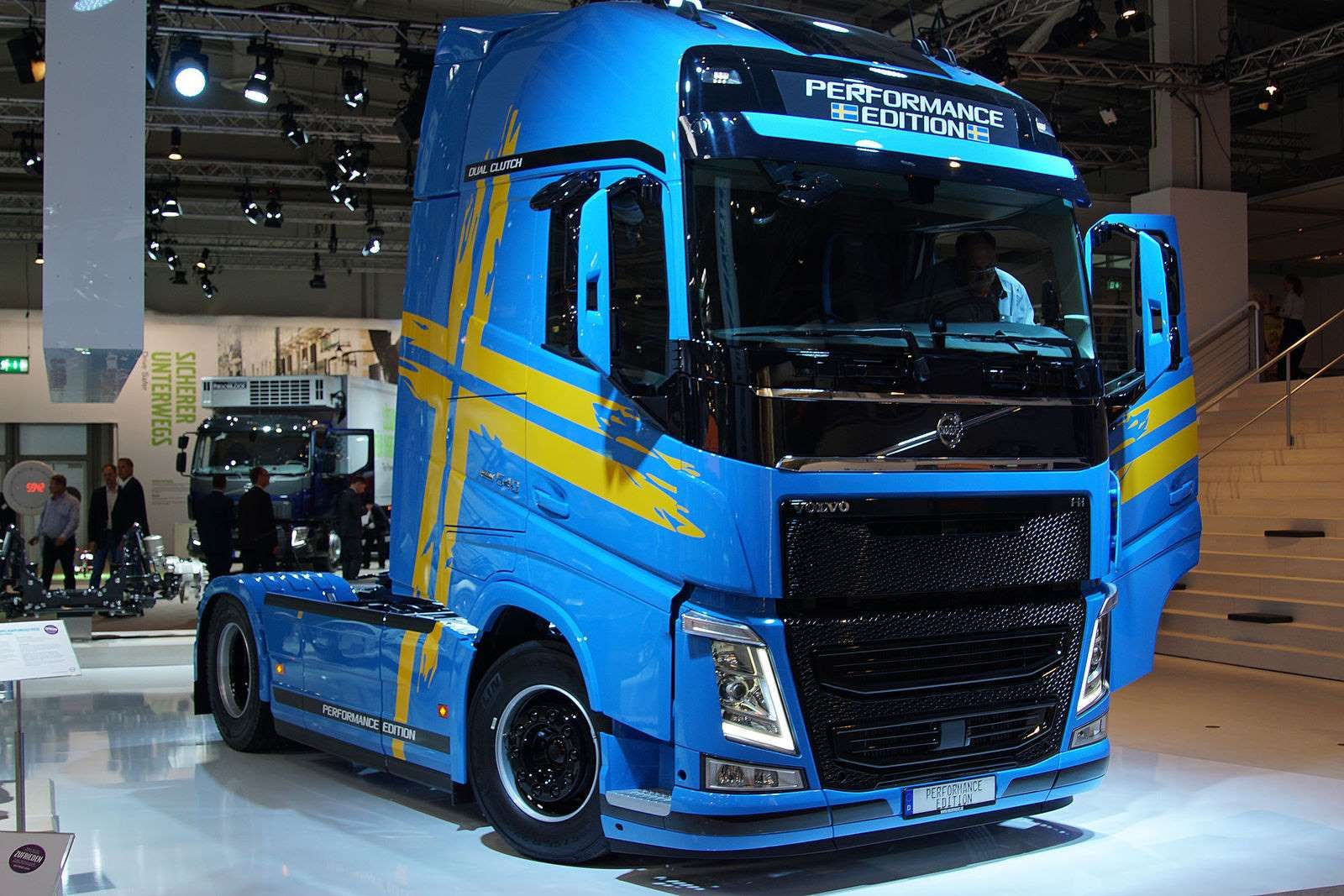 volvo fh sondermodell performance edition uli baumann truck pinterest nutzfahrzeuge. Black Bedroom Furniture Sets. Home Design Ideas