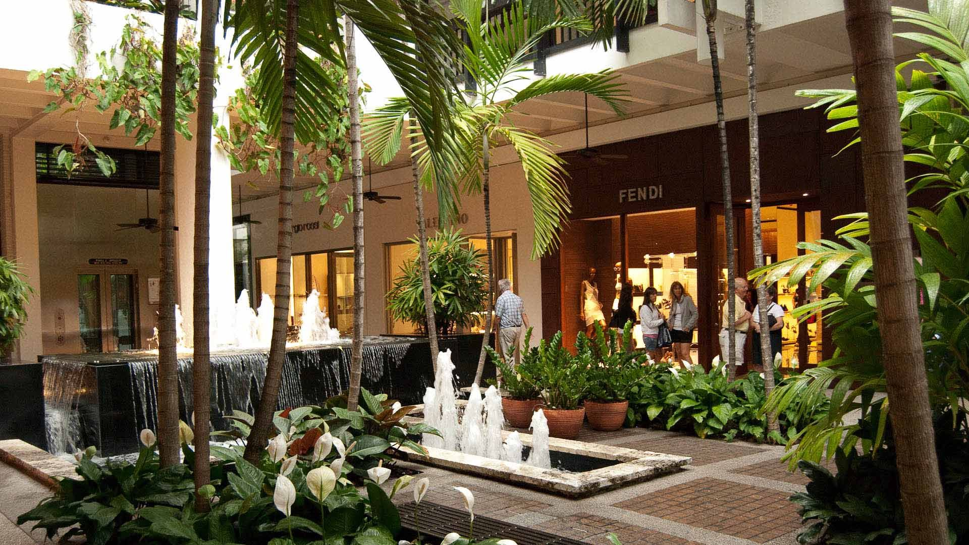 Bal harbour interior tropical fountains luxury retail