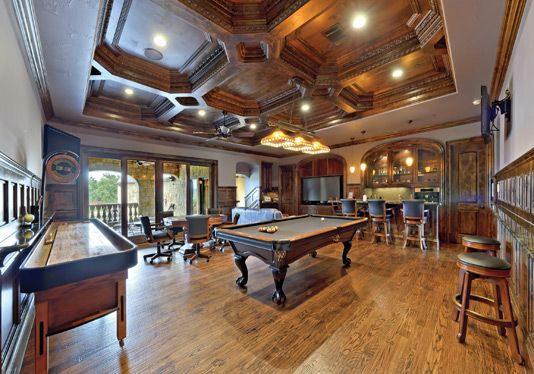 What a great wooden style ceiling!