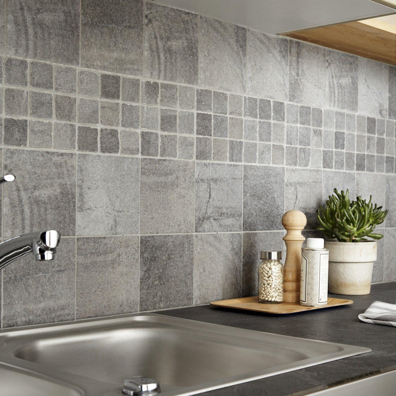 carrelage-sol-et-mur-gris-vestige-l-15-x-l-15-cm.jpg (1500×1500 ...
