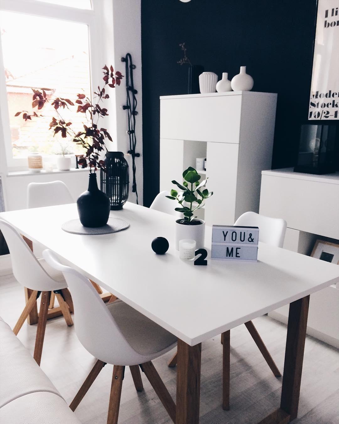 die st hle max von jella jorg passen mit ihrem erfrischendes design perfekt in das helle. Black Bedroom Furniture Sets. Home Design Ideas