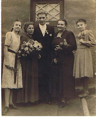 Hochzeit Meiner Eltern 10 11 1951 Mother Of The Bride Bride Wedding Dresses