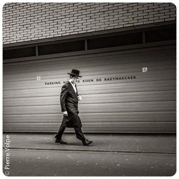 Streetlife Antwerp - The Pelican District