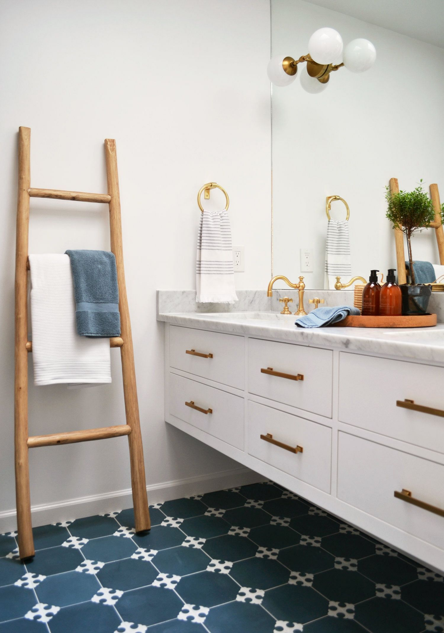 On A Budget Apartment Bathroom Renovation Before And After Best - Apartment bathroom renovation