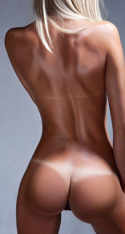 thin nude women blowjob