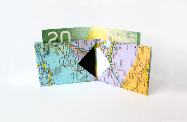 Diy recycled map wallet easy video and step by step picture diy recycled map wallet easy video and step by step picture tutorial it takes solutioingenieria Images
