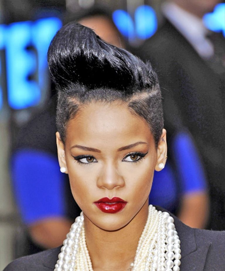 20 Weird And Funny Celebrity Hairstyles Pinterest Short Hair And
