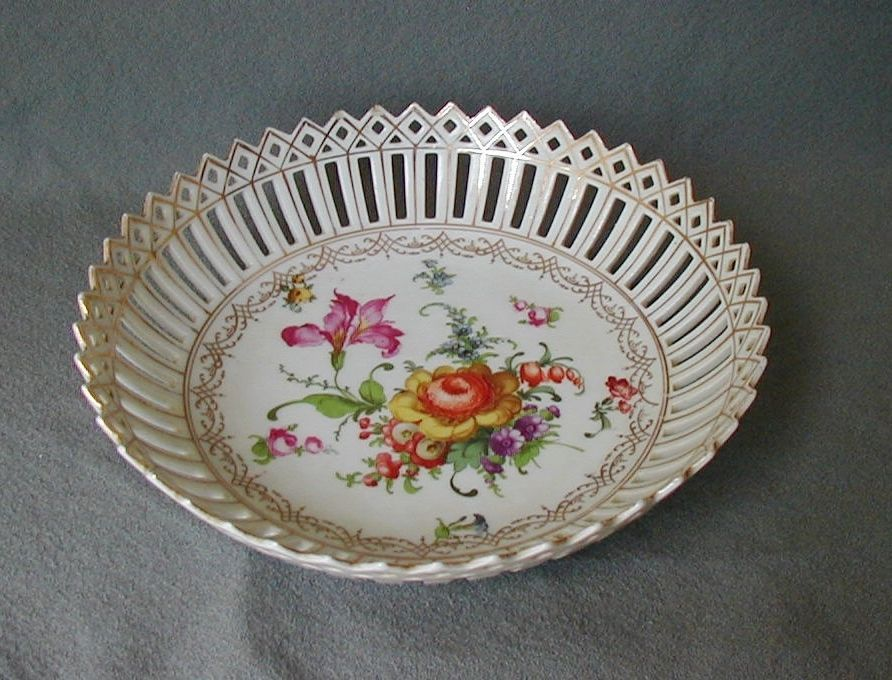 BEAUTIFUL ANTIQUE EARLY DRESDEN SCHUMANN RETICULATED HAND PAINTED BOWL BAVARIA in Pottery & Glass, Pottery & China, China & Dinnerware, Dresden | eBay