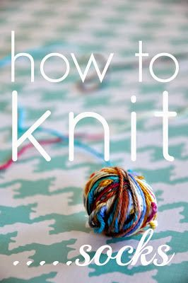 how to knit socks {a beginning beginners guide to getting started} (Little Bit Funky)