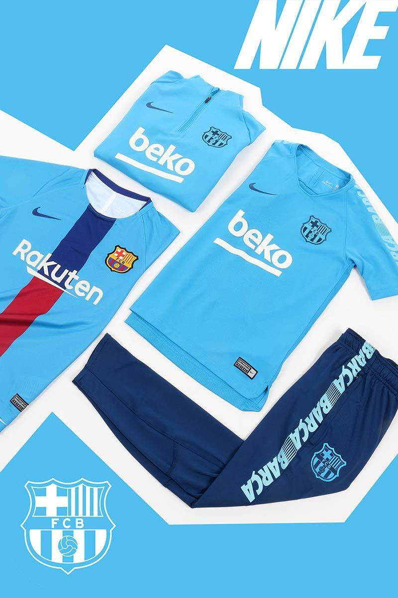 Descubre en Futbolmania la nueva colección de invierno del FCB. Sudadera 90997d3fb216b