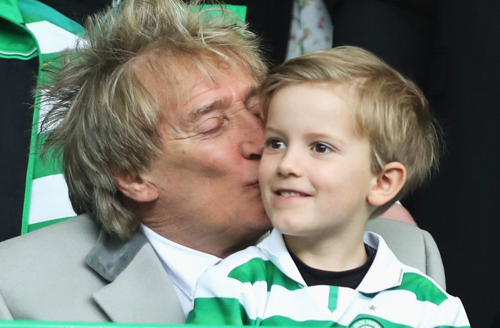 Rod Stewart takes youngest sons to soccer game: See the sweet pics!