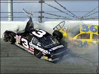 Dale Earnhardt & Kenny Schrader in the wreck at Daytona ...Dale Earnhardt Bloody Car
