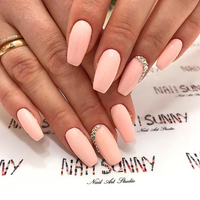 + 66 yagala Fresh And Trendy Nails Design is around the bend, and crisp  spring nail plans are what you require at the present time to get - 27 Lovely Peach Color Nails Designs You Must To Try Nails