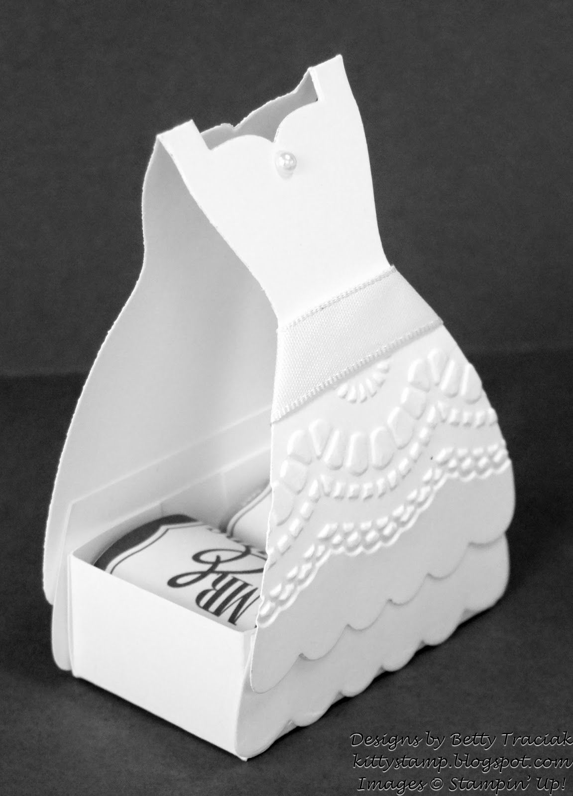 Kitty Stamp: Dress Up Bridal Shower Favors | 3D Boxes, Bags, Gifts ...