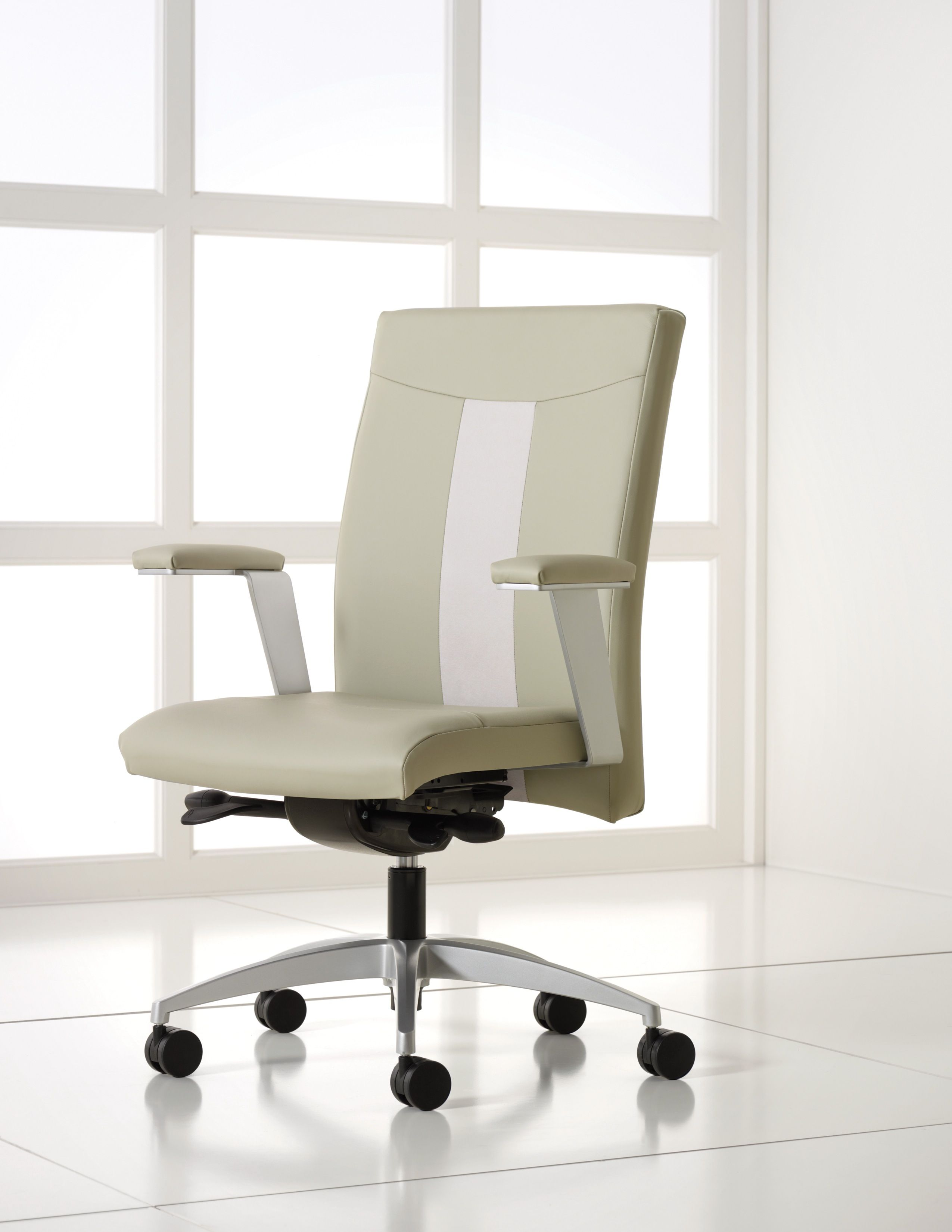 Brand: Jofco / Line: Aviva by Dorsey Cox Design / Our Price: $749