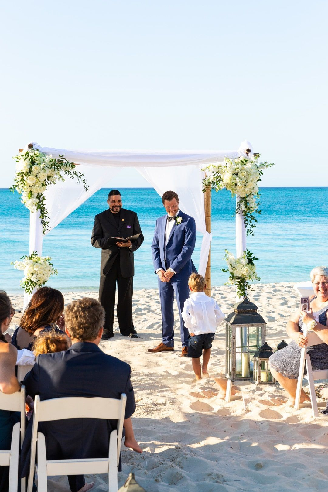 Classy Wedding For A Non Traditional Bride In The Turks Caicos Islands Adriana Weddings In 2020 Turks And Caicos Wedding Beach Wedding White Classy Wedding