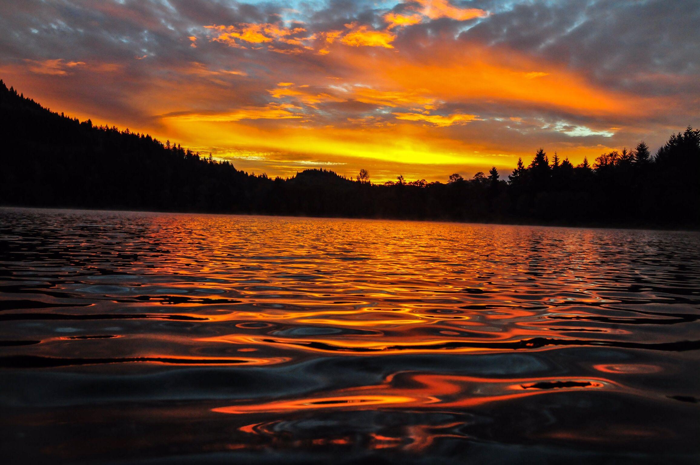 kress lake. sunrise at kress lake in kalama wa i