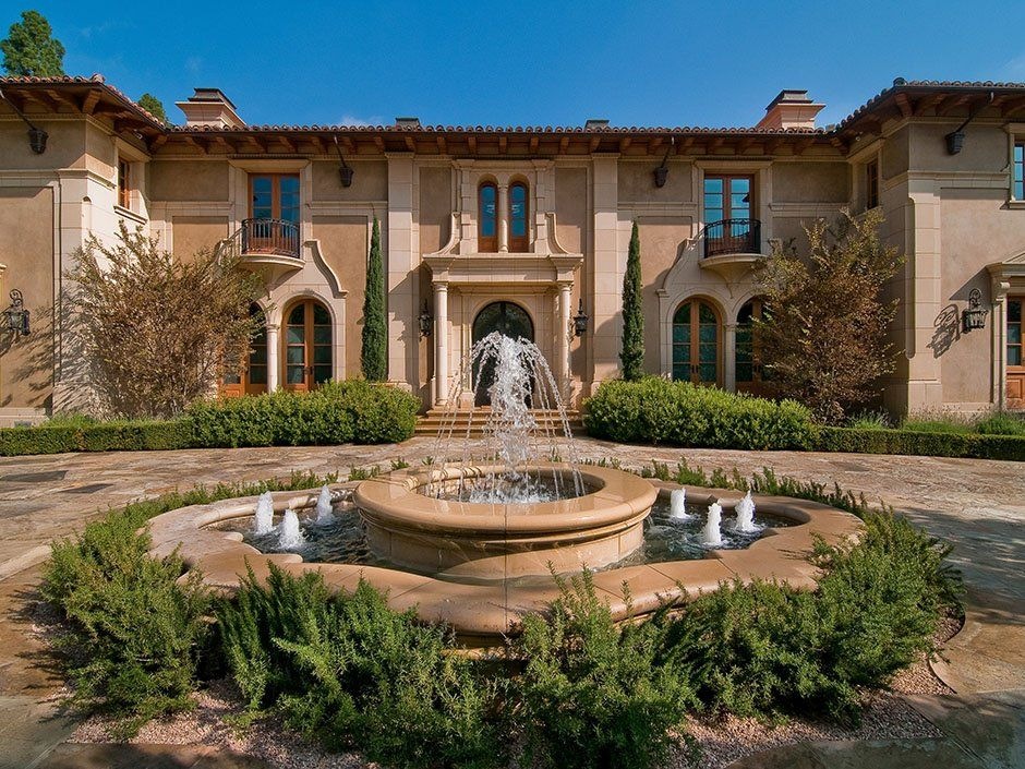 The 20 Most Expensive Neighborhoods In America Beverly Hills Mansion Mediterranean Homes Mansions