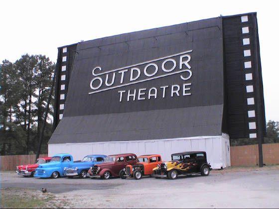 Raleigh Drive In Outdoor Theater North Carolina Homes North Carolina Travel
