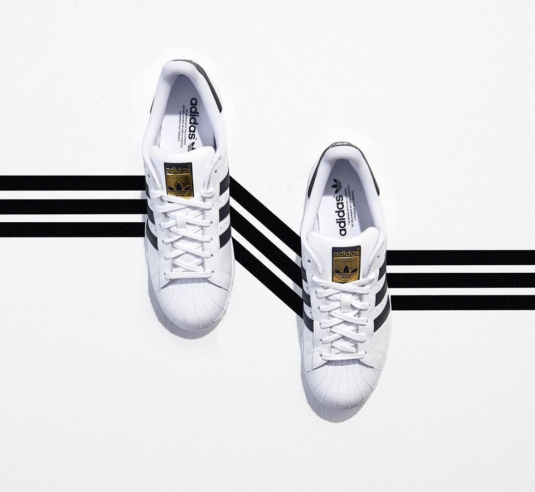"""Boyner on Instagram: """"İkonik çizgilerle yoldan çıkma zamanı! #Adidas"""""""