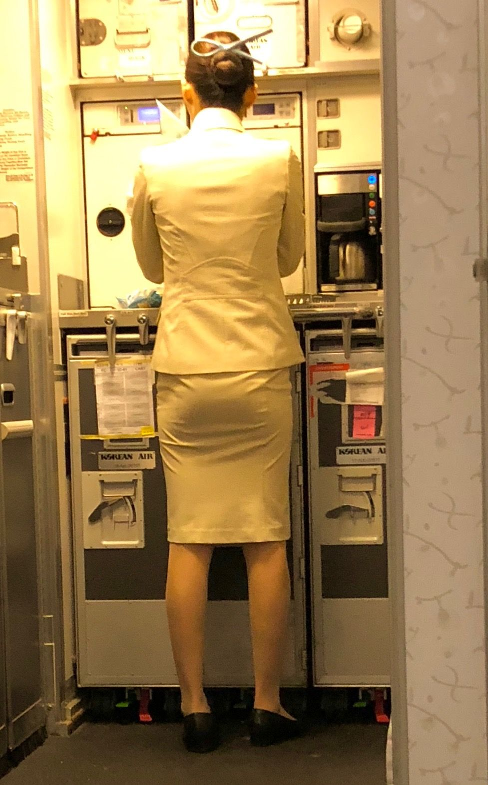 タイトスカートはいた女性の脚画像★2 [無断転載禁止]©bbspink.comYouTube動画>3本 ->画像>3691枚