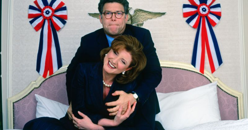 Newly surfaced pics show Al Franken grabbing Arianna Huffington's breasts and butt