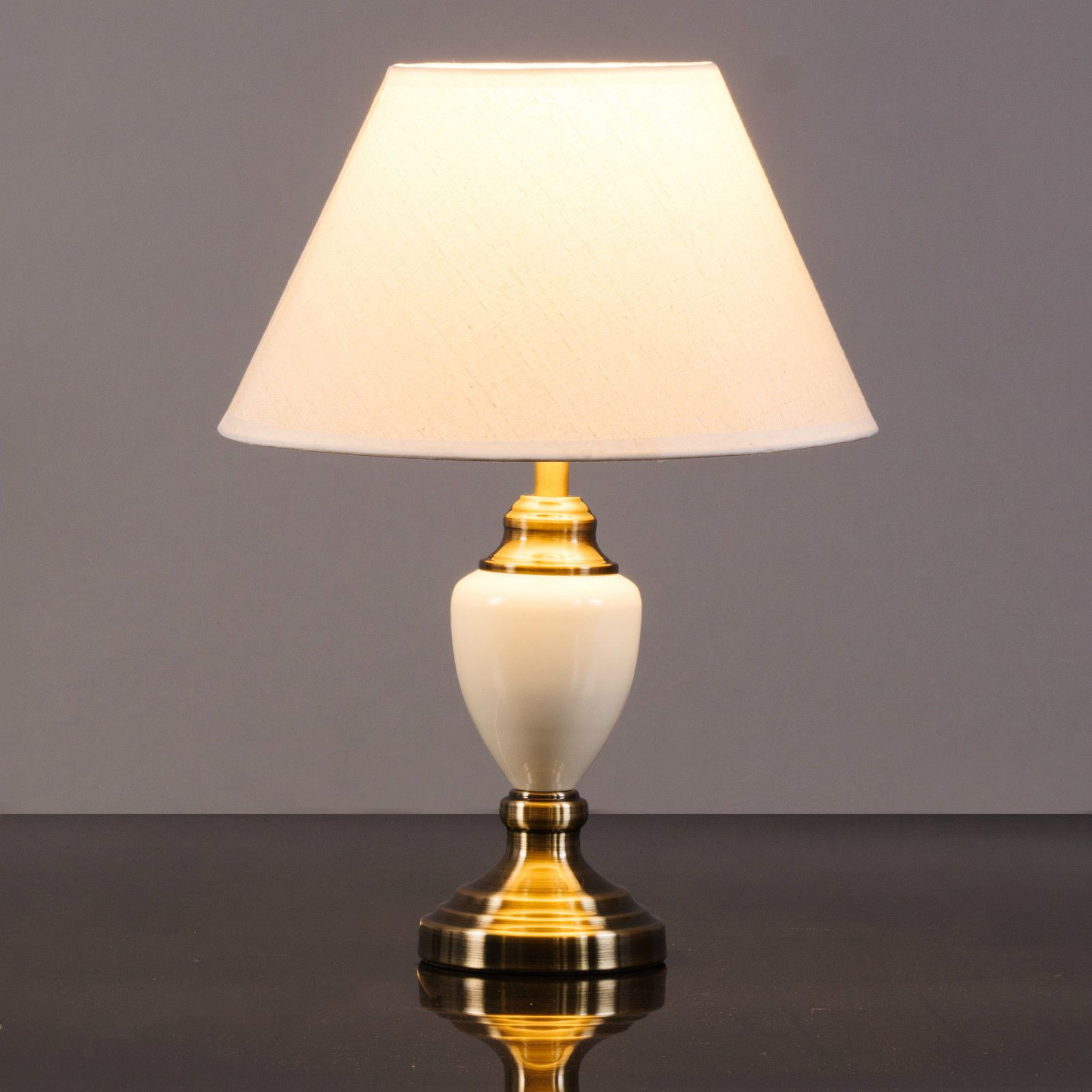 Beautiful Table Lamps For Bedroom In 2020 Classic Table Lamp