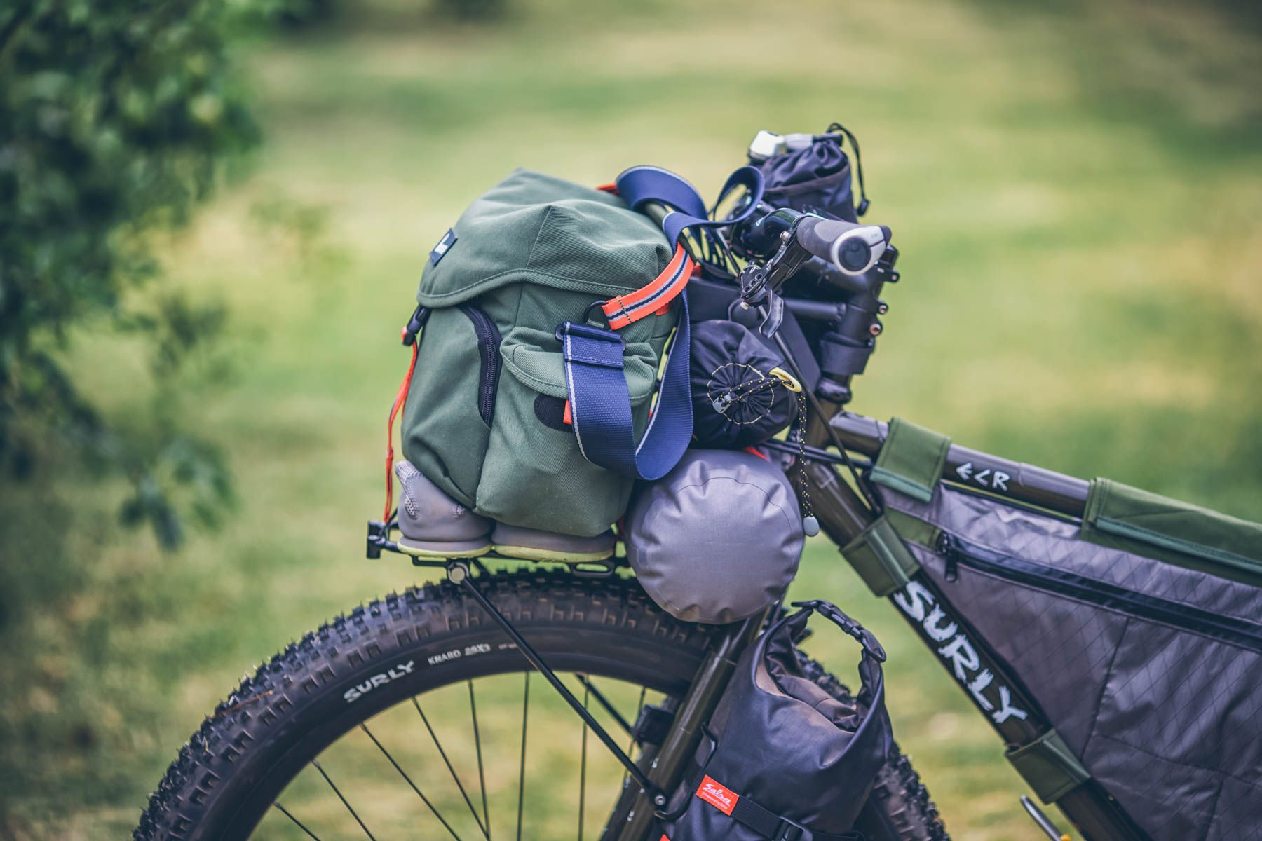 The Perfect Camera Handlebar Bag For An Adventure Photographer Bike Touring Crumpler Kashgar Outpost