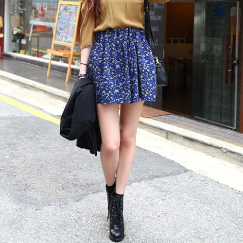 Coolhada - Floral Printed Pleating Skirt $105.00 http://www.shop.secretenvy.com/Coolhada-Floral-Printed-Pleating-Skirt-20133408.htm