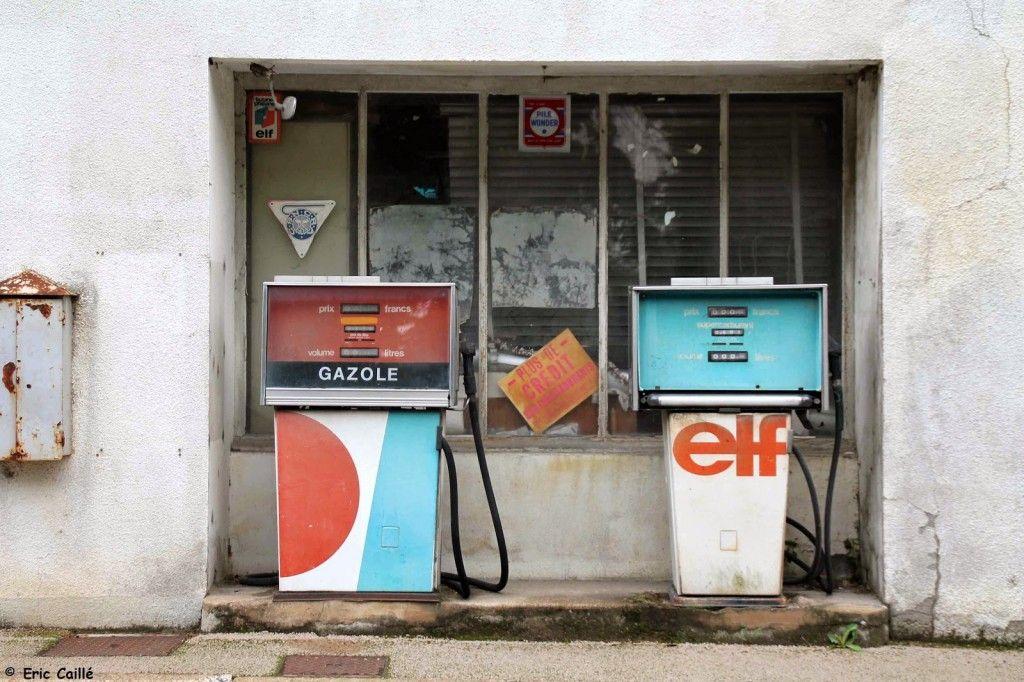 Ancien garage citro n station elf 38 rue auguste arnault for Ancien garage citroen lyon