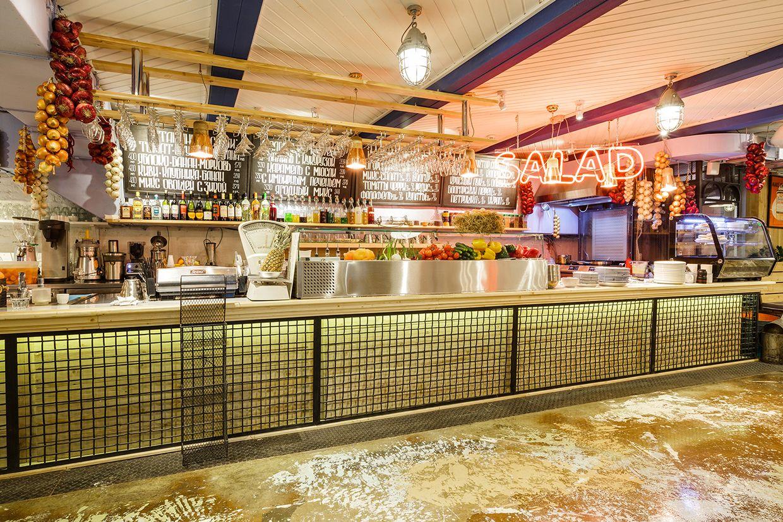 Pin by Mírati Design on Bar counters / barras de bar   Pinterest   Cafes