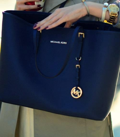 I got my mk tote!!Super love,!highly recommend!! | Handbags