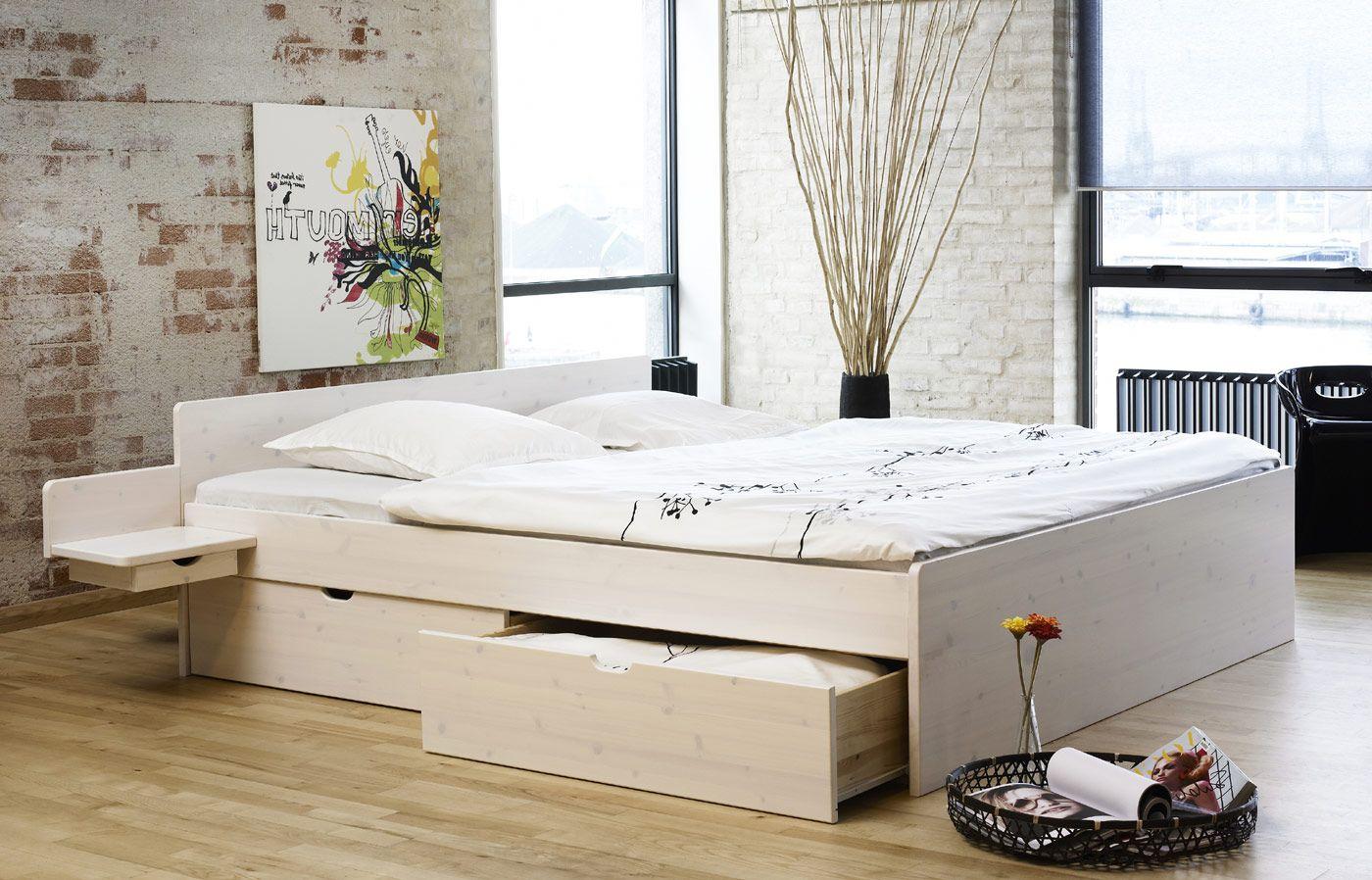 das weiße massivholzbett luke besticht durch sein design und, Hause deko