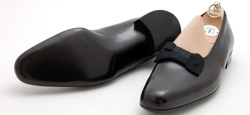 Patent #leather oxfords are the most formal of #men's #shoes; they are standard with a men's tuxedo, and clash with most everything else. Opera pumps, shiny black #slippers with a bow on top, are another option for formal wear and have been worn by kings, statesmen, poets, and other well dressed men for 100 years.