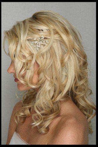 Coiffure mariée Cheveux courts ou mi long Coiffure
