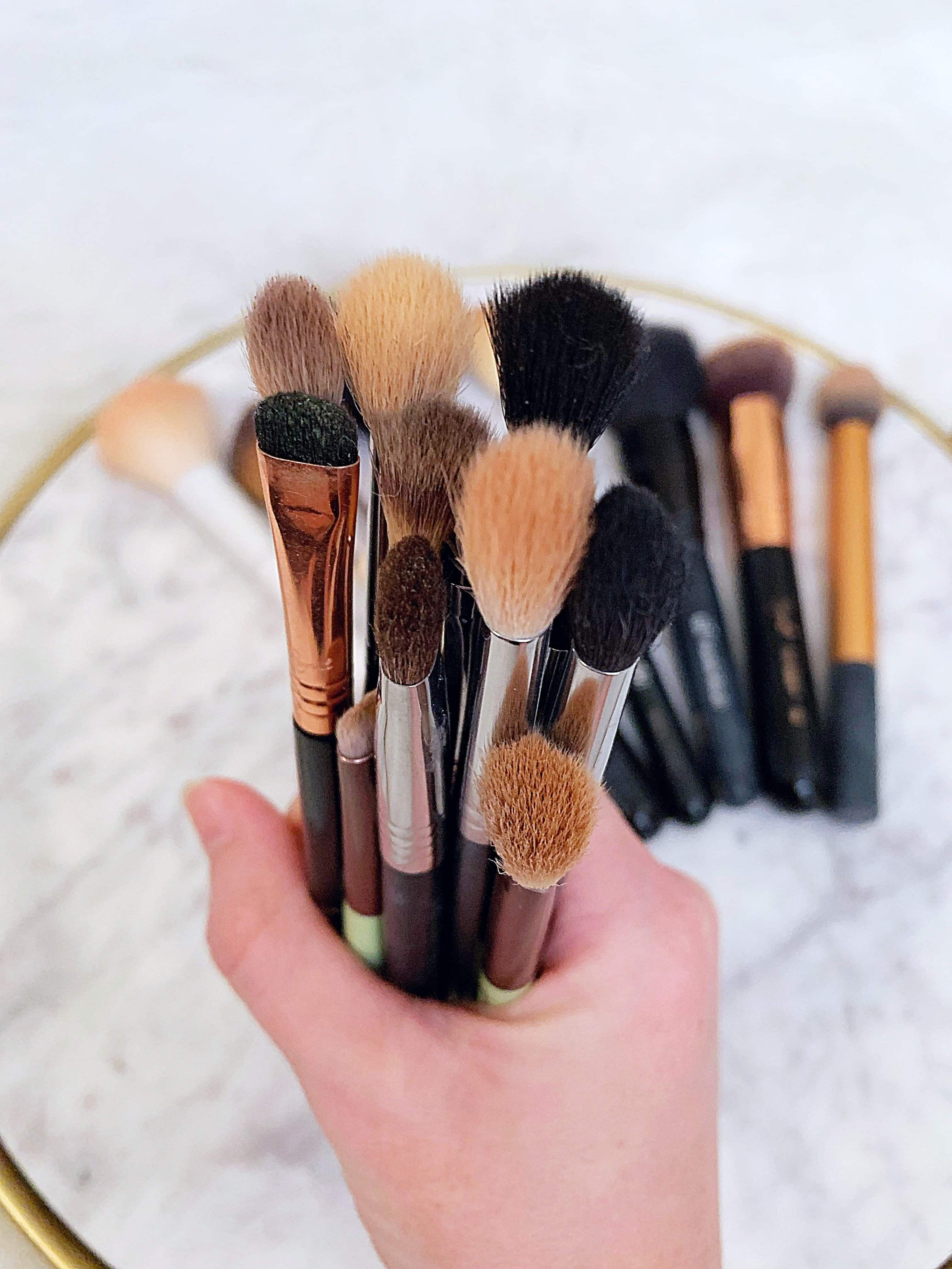 Photo of Ultimate Makeup Brush Guide – Curious about which makeup brushes do you need …