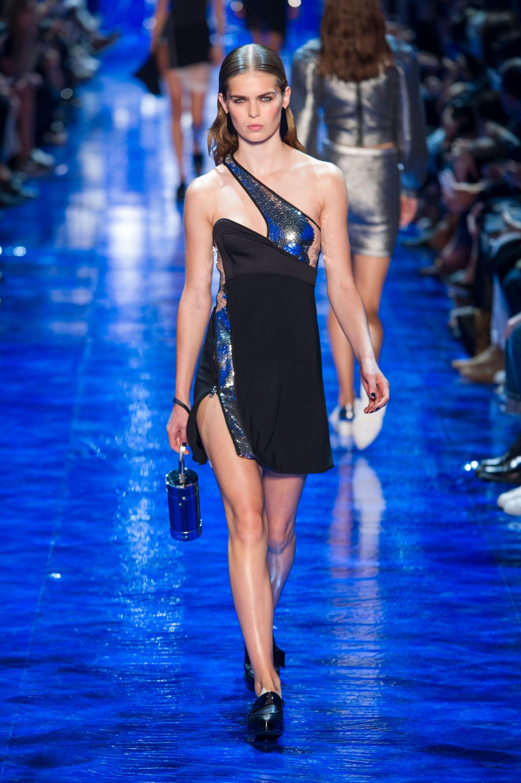 #Mugler #2017 #Fashion #Show #Fall2017 #pfw #Paris #Fashionweek via @TheCut