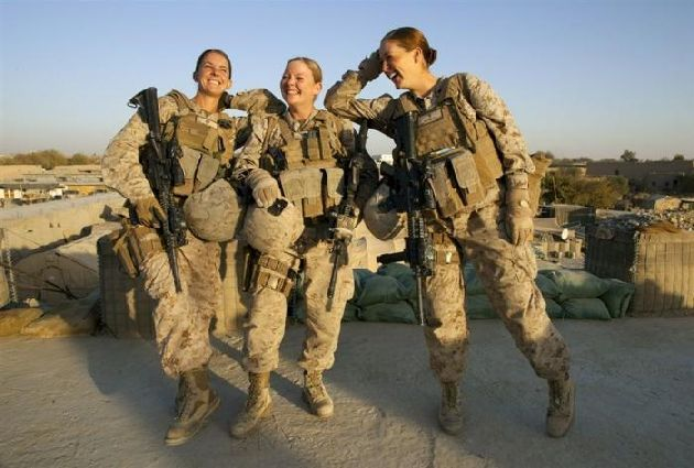 Contemporary female soldiers - Rosaura