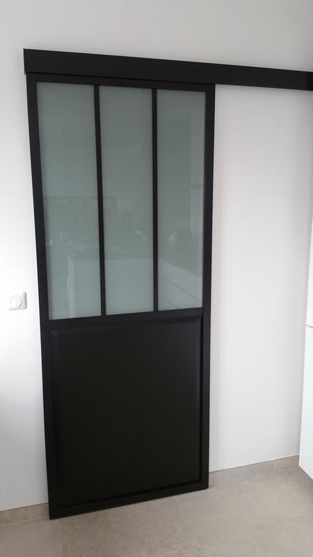 Porte Coulissante Atelier Vitree Givre Atelier Noir H 204 X L 83 Cm Porte Coulissante Porte Placard Coulissante Extention Maison