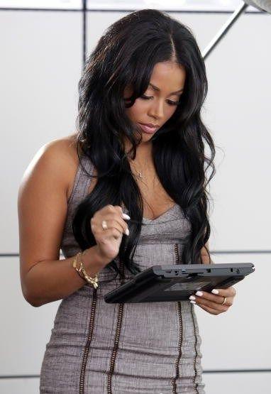 Side Bangs And Long Layers Lauren London Hair Styles Weave Hairstyles Medium Hair Styles