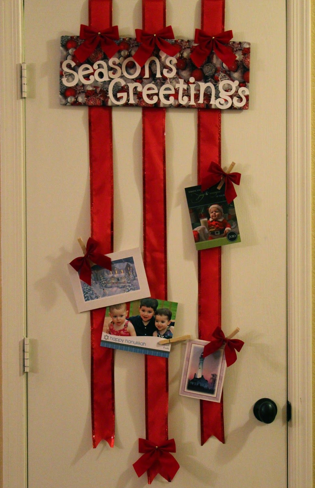 Attrayant Over The Door Ribbon Christmas Card Holder (no Sticking To The Wall!