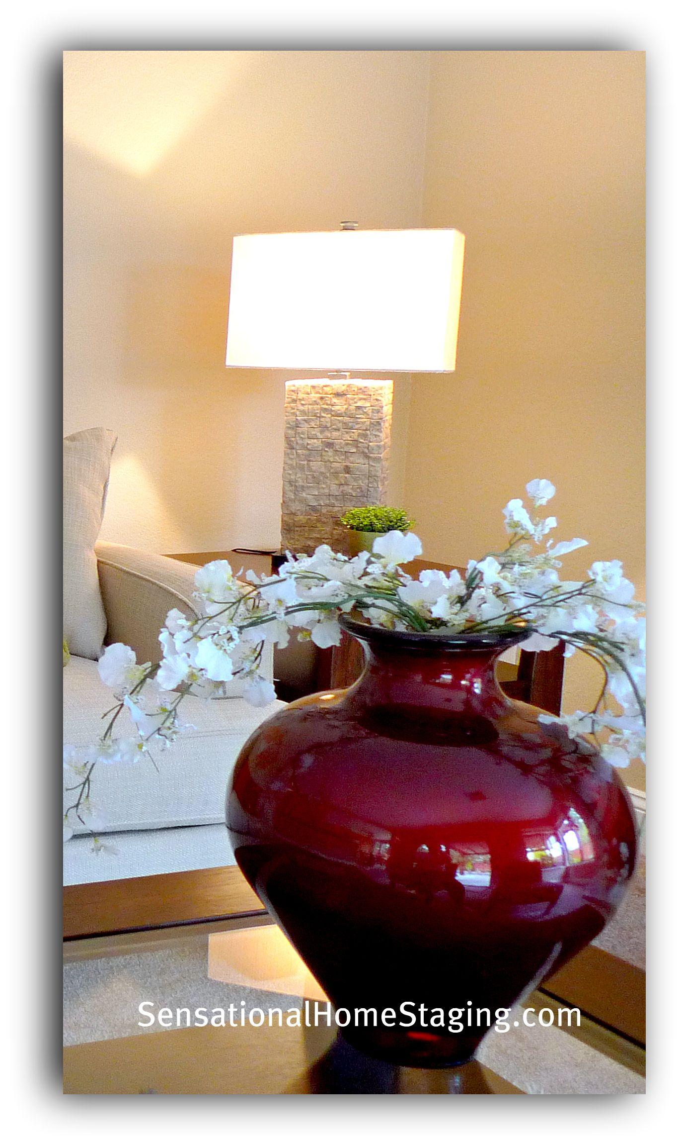 Lamp & simple red vase!