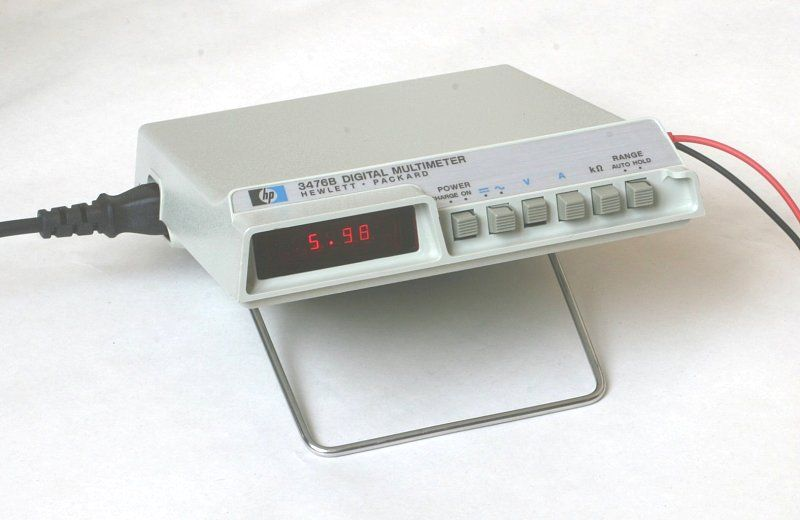 The Hp 3476b Is Small Portable Digital Multimeter Produced By Hewlett Packard In 1976 It Can Measure Voltage Current Multimeter Hewlett Packard Panel Siding