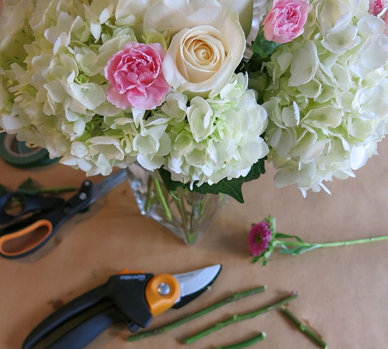 How To Make Your Own Wedding Bouquet! Save Money Planning