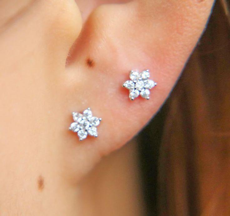 Diamond Flower Studs Ear Piercings Tiny Earrings Post Earings Earpiercing Stud Cartilageearring