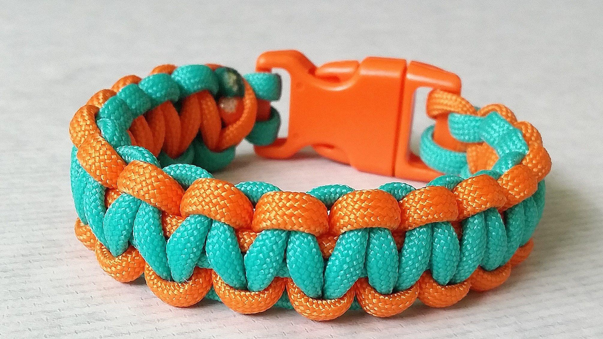 Two Color Trilobite Bracelet With Images Paracord Projects