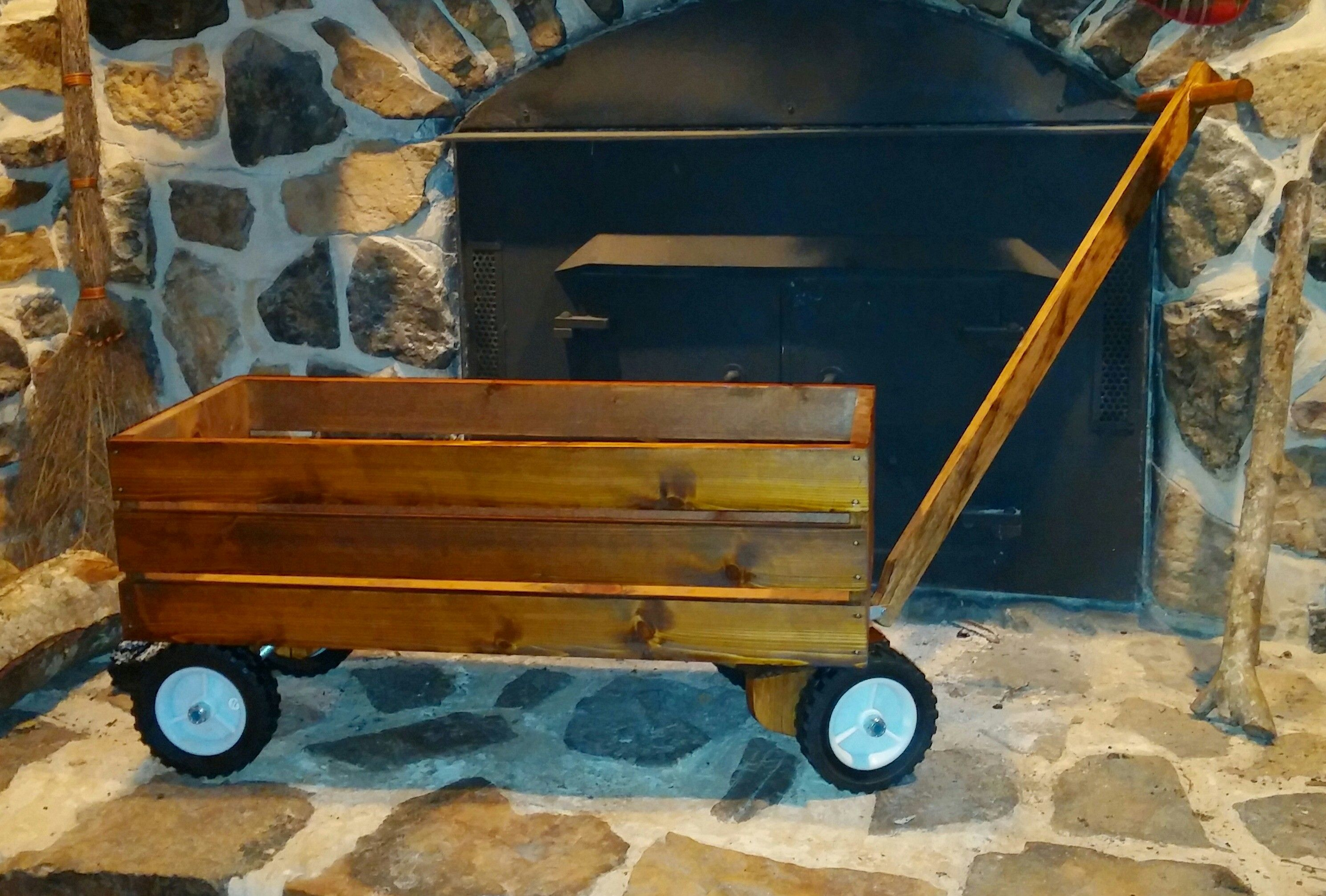 Wood wagon do it yourself home projects from ana white wood wagon do it yourself home projects from ana white solutioingenieria Choice Image